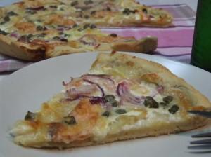 Pizza Cu Somon Afumat Şi Capere