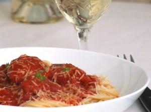 Spaghetti Cu Chifteluțe Și Sos