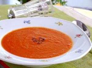 Supă Cremă De Roşii Cu Linte Şi Portocală