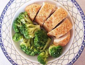 pui in crusta cu broccoli