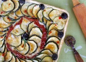 Tartă Cu Brânză De Capră Şi Legume Caramelizate