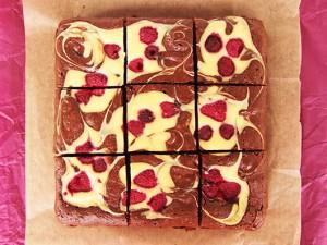 Brownies Marmorate Cu Zmeură