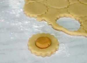 cookie cut