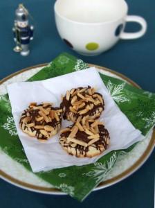 Fursecuri Cu Marțipan Și Ciocolată