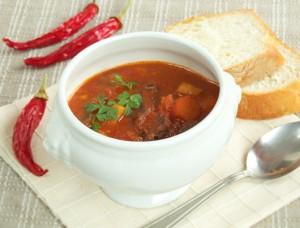 Supă Gulyas