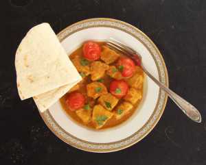 Curry De Pui Cu Cartofi Dulci Și Roșii Cherry